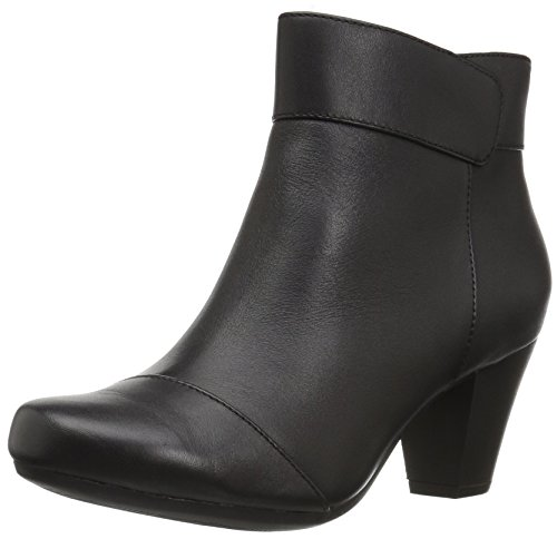Clarks Women's Garnit Starlyn Ankle Bootie, Black Leather, 5 M US