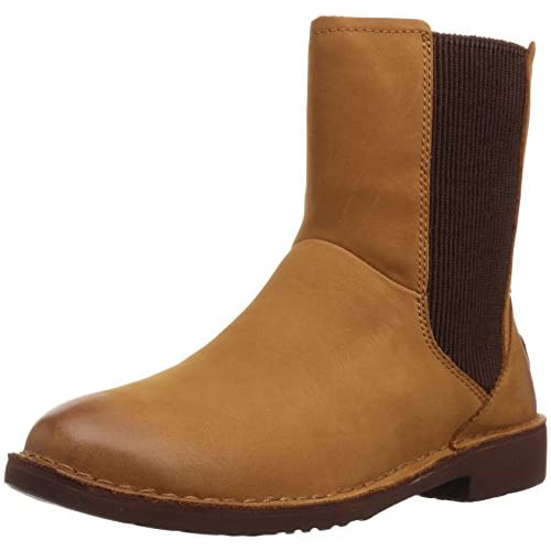 UGG Women's Larra Boot - 41oECfDuoZL. SS500 - Getting Down Under Ankle and Bootie