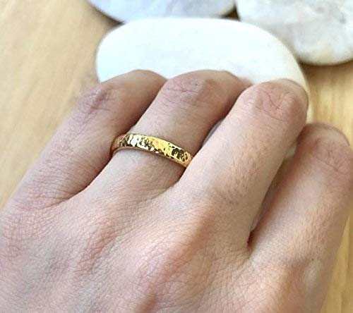 e6c5c55338bdc Amazon.com: 14k Yellow Gold Band- Hammered Wedding Band- 3mm Unisex ...