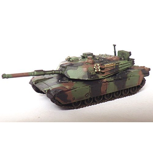 (1/144 World Tank Museum Series 06-99 M1A2 Abrams NATO camouflage single item)