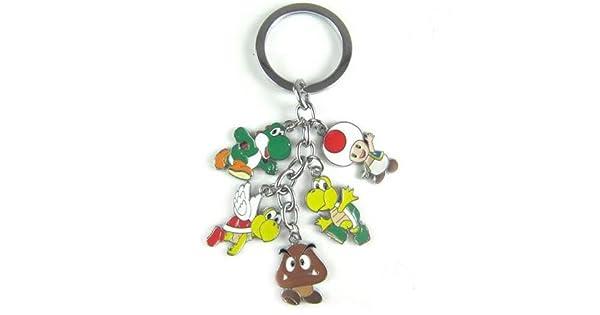 Amazon.com: Super Mario Encanto Llavero de metal (Goomba ...