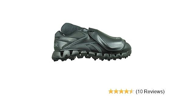 official photos 3ef62 4888b Amazon.com   Reebok Zig Magistrate Umpire Plate Shoe Low Mens 8 Black    Baseball   Softball