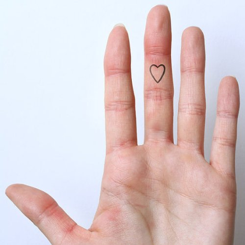 Heart Outline Temporary Tattoo (Set of 4)