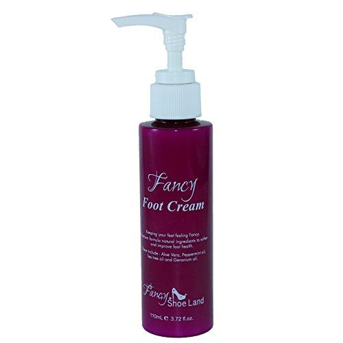 Foot Cream for dry feet in convenient pump bottle moistur...