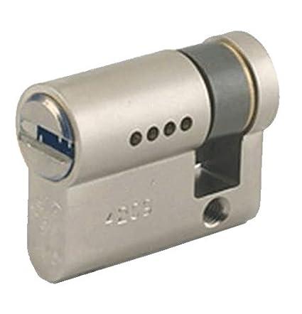 Mul-T-Lock GAON / 7X7 Cilindro de Seguridad Perfil Europeo Medio, Leva
