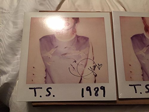 Autographed TAYLOR SWIFT 1989 Double Vinyl LP Hand-Signed Guaranteed Authentic
