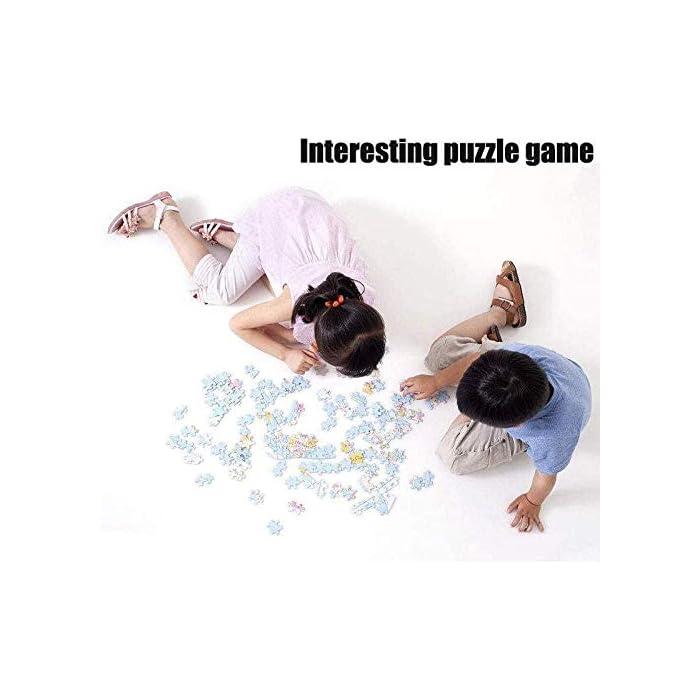 """41oILeCn55L Rompecabezas de 1000 piezas de alta calidad. Cuando se completa, el rompecabezas mide 75 x 50 cm y está hecho de rompecabezas gruesos y duraderos. La parte posterior está dividida en varias áreas y marcada con las letras en inglés """"A"""" - """"H"""" ..., lo que facilita el juego. Jugar rompecabezas es una gran actividad de juego. Puede ejercer su paciencia, cuidado, concentración, perseverancia, observación, inteligencia, etc. Cada vez que termine, sentirá una sensación de logro."""