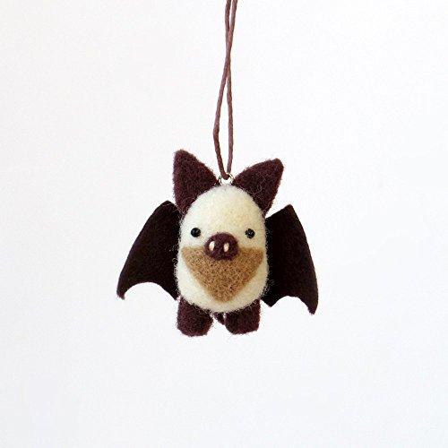 Tiny bat charm, needle felted animal ornament : white and dark brown felt, woodland miniature. Stocking stuffer