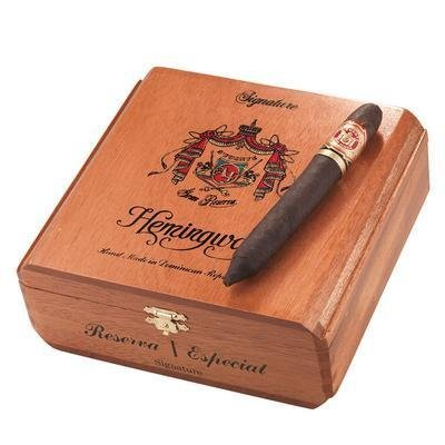 (Cigar Wood Case/Box Arturo Fuente (Hemmingway)Medium Size)