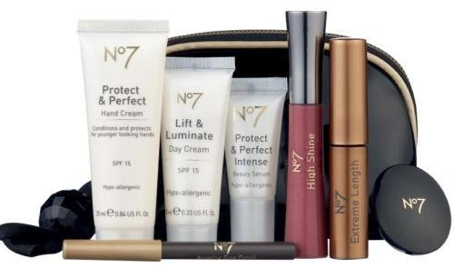 Boots No 7 Protect Perfect Make Up Gift Set 8 Items Amazon Co