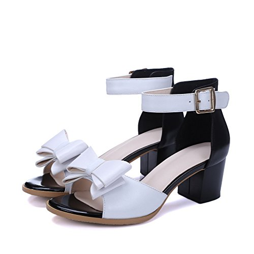 Sandals Leather Assorted Heels AllhqFashion Kitten White Cow Color Womens Toe Open Buckle Fwqgq4v