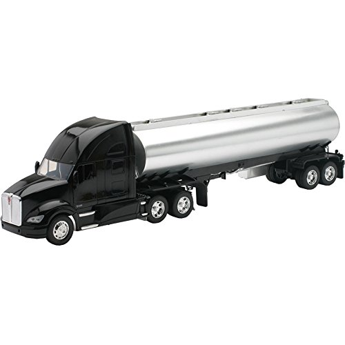 Kenworth Tanker - New Ray 12223D 1: 32 Long Haul Trucker - Kenworth T700 Oil Tanker (/Chrome), Black