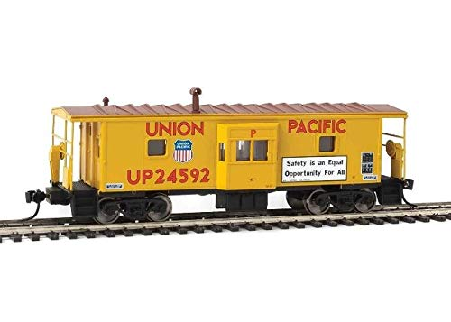 Walthers HO Scale International Bay Window Caboose Union Pacific/UP #24592