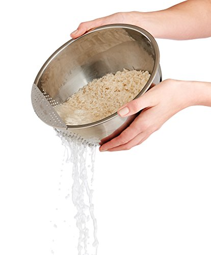 Helen's Asian Kitchen 97123 Japanese Rice Washing Bowl with Perforated Side Drainer, 3-Quart Capacity by Helen's Asian Kitchen (Image #2)