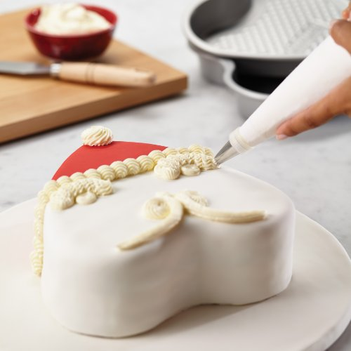 Cake Boss Professional Bakeware 10-Piece Santa and Valentine's Day Bakeware Set by Cake Boss (Image #8)