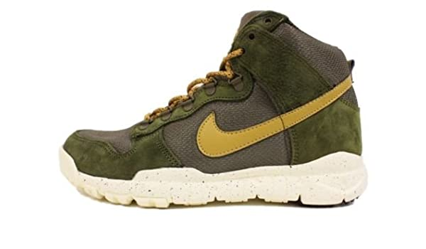 cheap for discount fd7dd 8ecf3 Amazon.com: Nike: Dunk High OMS Sneakers ACG Size 6: Shoes