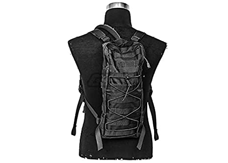 66dcdb741e5 Amazon.com : Lancer Tactical MOLLE Attachable Hydration Backpack ...