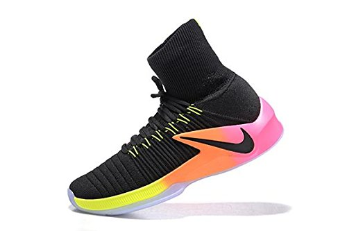 29600e50a135 Nike Hyperdunk 2017 Flyknit Men s Basketball Shoe  Buy Online at Low Prices  in India - Amazon.in