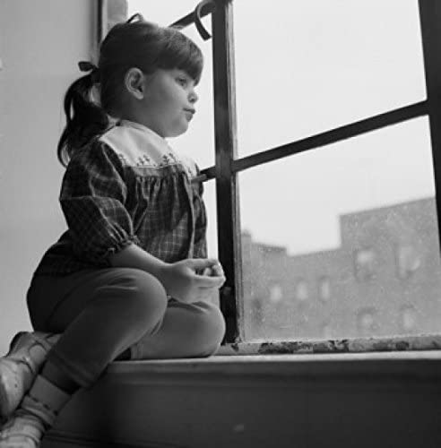 Amazon Com Little Girl Looking Out Window Poster Print 18 X 24 Posters Prints