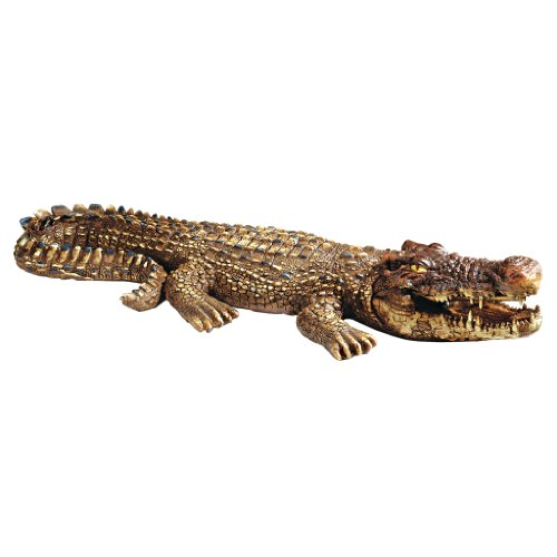 Design Toscano Crotchety Crocodile Piped Spitting Statue