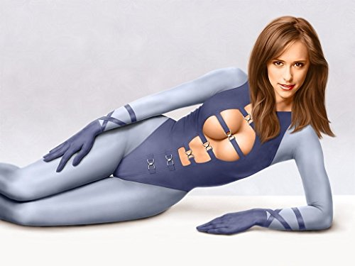 Jennifer Love Hewitt Character Suite Straps Modeling Mid Photo (8 inch by 10 inch) PHOTOGRAPH TL ()