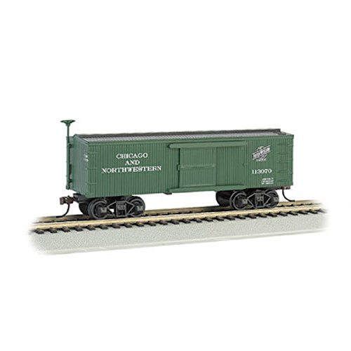 Bachmann Industries C&NW Old-Time Box Car (HO Scale - American Freight Car