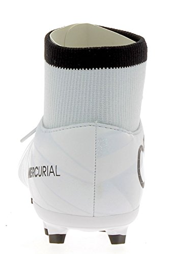 Nike Jr. Mercurial Victory VI Dynamic Fit CR7 Little/Big Kids' Firm-Ground Soccer Cleat (5 Big Kid M)