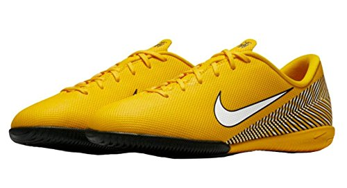 Image of NIKE Jr. Vapor XII Academy Neymar Jr IC Little/Big Kids' Indoor/Court Soccer Shoe (1)