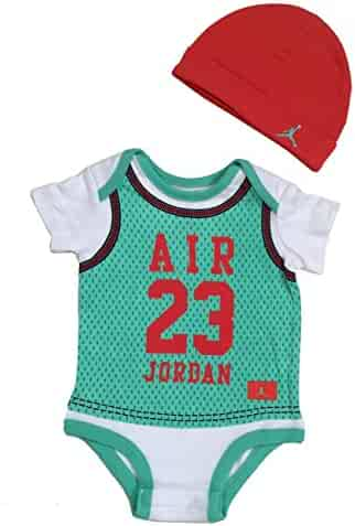 cheap for discount d1caa f6fe2 NIKE Jordan Infant Born Baby Bodysuit and Cap 2 Pcs Layette Set