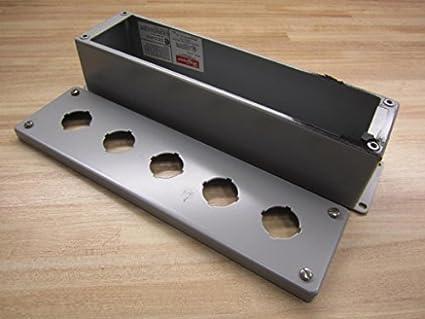 Amazon.com: Hofmann e5pb Enclosure for 5 30,5 mm Pulsadores ...