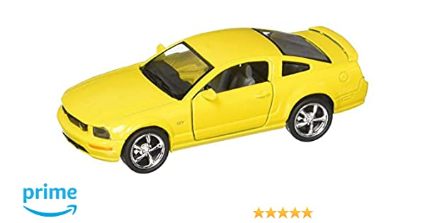 """2006 Ford Mustang GT Yellow Die Cast Metal Model Car 5/"""" Kinsmart Collectable New"""