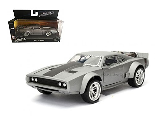 JADA 1:32 W/B - FAST & FURIOUS: THE FATE OF THE FURIOUS (2017) - DOM'S ICE CHARGER 98299 ()