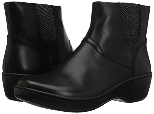 413C4Yx3z%2BL Clarks Women's Delana Joleen Boot, Black Leather, 7.5 M US