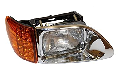 CPW (tm) International 9200 & 5900 REPLACEMENT RIGHT PASSENGERS SIDE HEADLIGHT WITH LED CORNER LAMP
