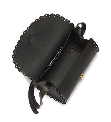 Borsa a tracolla Furla Amazzone in pelle nera con borchie