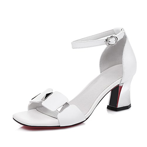 1TO9 Womens Chunky Heels Buckle Charms Pleather Heeled Sandals MJS02654 White