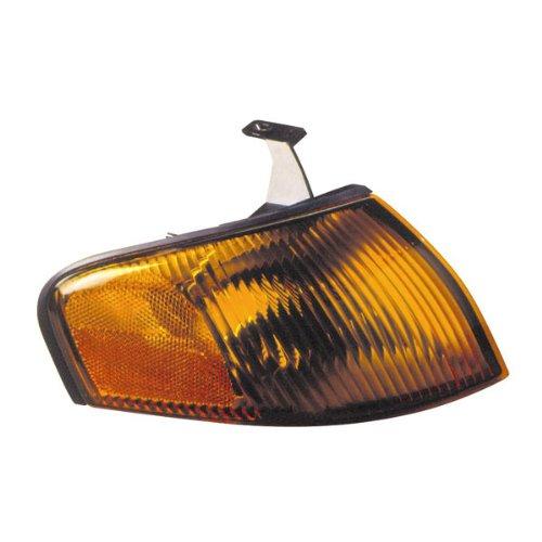 ege Corner Park Light Turn Signal Marker Lamp Right Passenger Side (97 98) (Mazda Protege Side Marker)