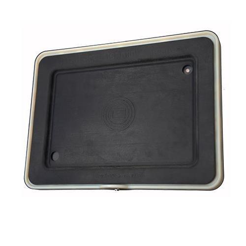 Padcaster Mini Case, Includes Aluminum Frame, Urethane Insert, Lens Bracket 72-58mm Step-Down Ring, 2x 1/4-20 / 2x 3/8-16 Screws, Camera Mount Screw, Cold Shoe Adapter