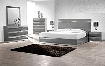 Modern Leon 4 Piece Bedroom Set California King Size Bed Mirror Dresser  Nightstand Headboard With LED