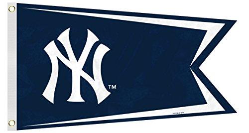 Fremont Die MLB New York Yankees Boat Flag, Small, Blue]()