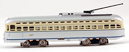BACHMANN N GAUGE PCC TROLLEY GRAY/CREAM by Bachmann Trains ()