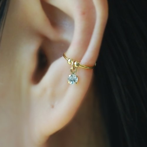 0.8, 20gauge Fake Conch Piercing Ear Cuff with Crystal channel,Cartilage Earring, Fake Body Piercing, Ear cuff, Ear Jacket, Ear Wrap