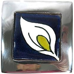 """El Relicario de los tesoros estaño sólido azulejo Talavera y cuadrado Joyero mexicano Folk Art, Lirio blanco, Small - 3.25"""" W X 3.25"""" H X 1.5"""" T"""