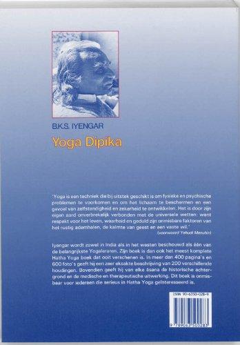 Yoga Dipika: Licht op Yoga (Paperback): 9789063500283 ...