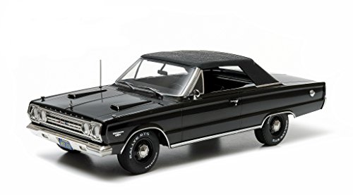 1967 Plymouth Belvedere GTX Convertible Black 1/18 by Greenlight 19007 -