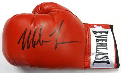 Mike Tyson Signed Red Everlast Boxing Glove LH PSA/DNA Authentication Boxing Memorabilia