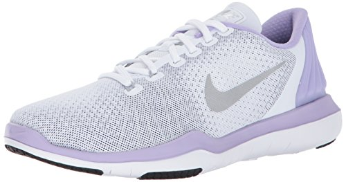 8e26478b687d NIKE Women s Flex Supreme TR 5 Cross Training Shoe - Buy Online in UAE.