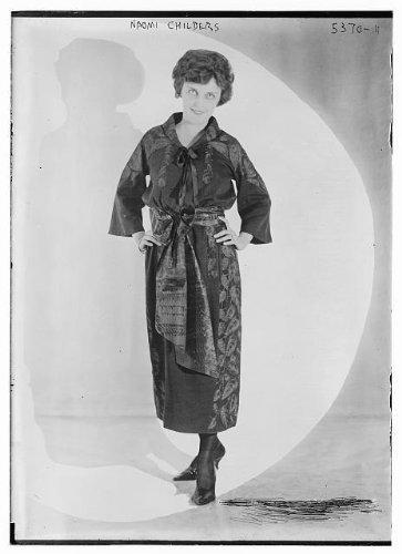 Silent Film Actress Costume (Photo: Naomi Childers,American silent film actress,robes,clothing,costumes,women,poses)