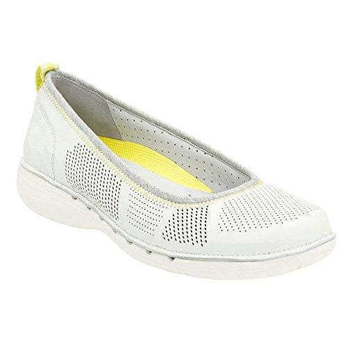 CLARKS Women's Un Elita White Leather Flat 9 B (M) - Clarks Shoe Outlets