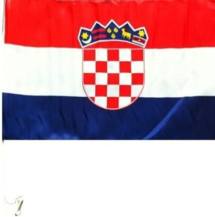 Nfp 2 X Autofahne Autoflagge 45 X 30 Kroatien Auto Fahne Fahnen Flagge Flaggen Em 2016 Mit Halterung Sport Freizeit